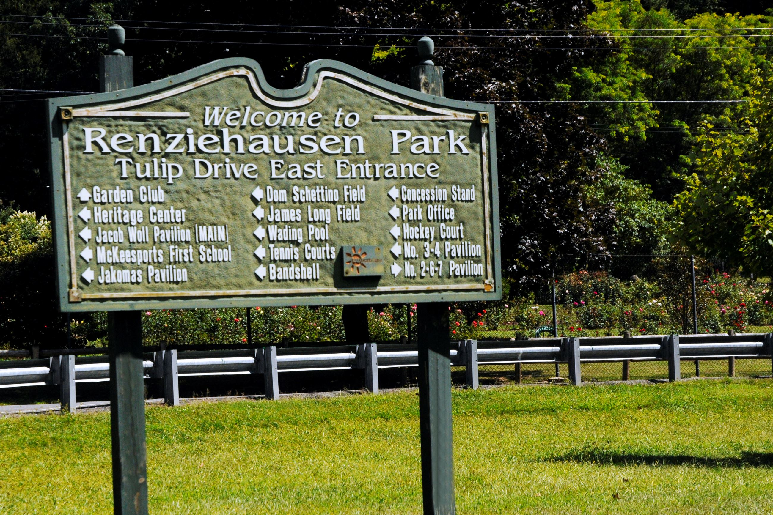 Renzie park sign
