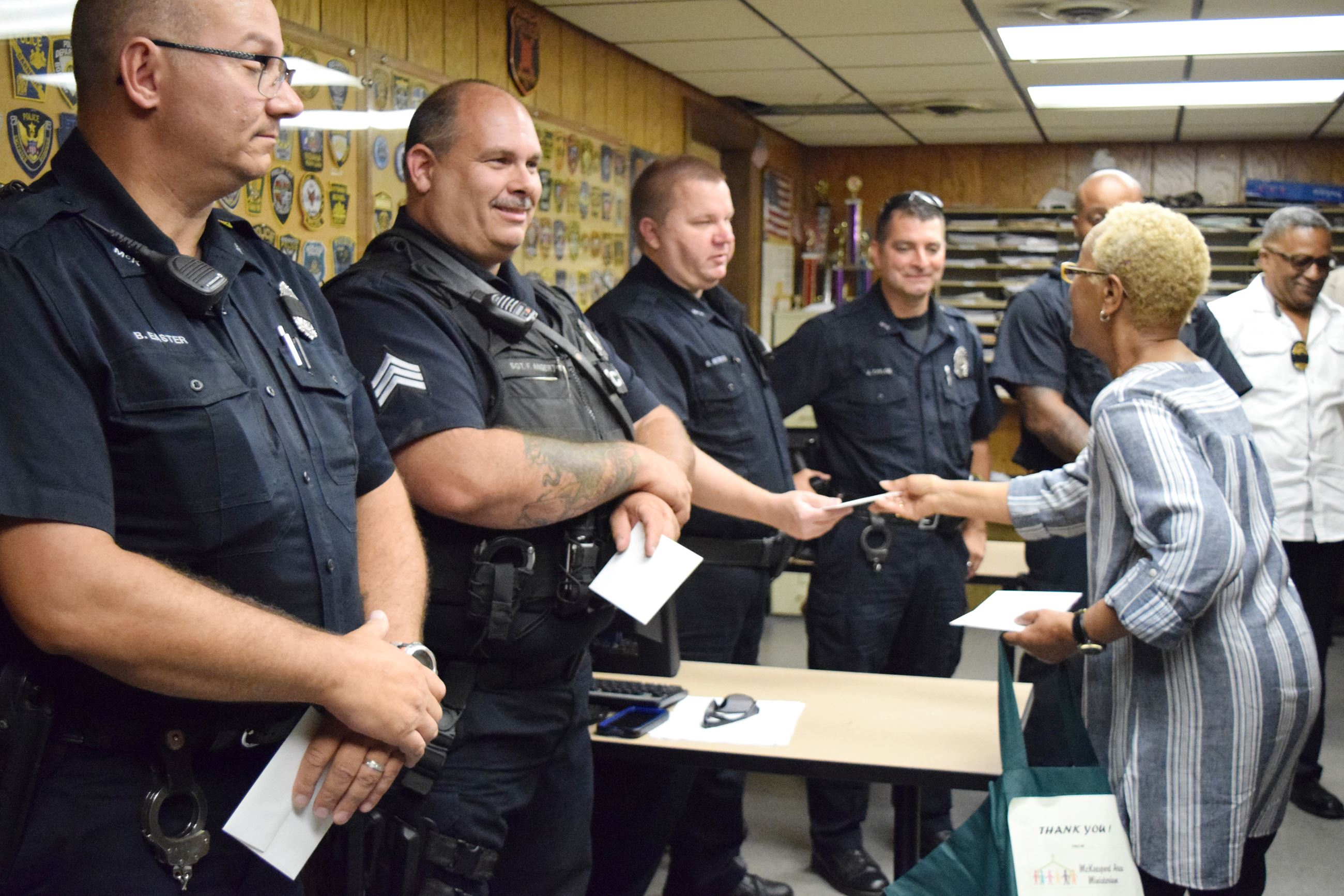 Ministerium offers kind gestures to police